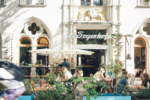 dogenhof-vienna-wien-easycitypass-partner-five-questions-interview